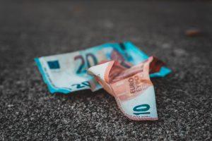 Ai nevoie de bani ca sa calatoresti?